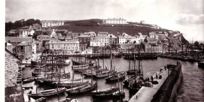 history photo of the harbour