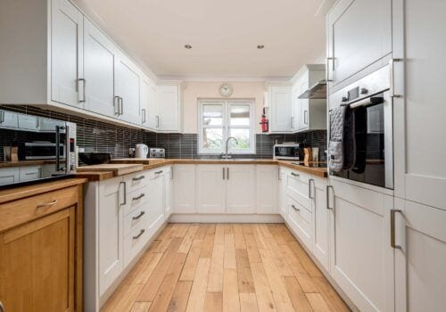 Mews Hill fully equiped kitchen for self catering in the New Forest