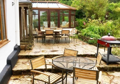 patio area with wonderful views, relax in the hot tub whilst taking in the surrounding scenery