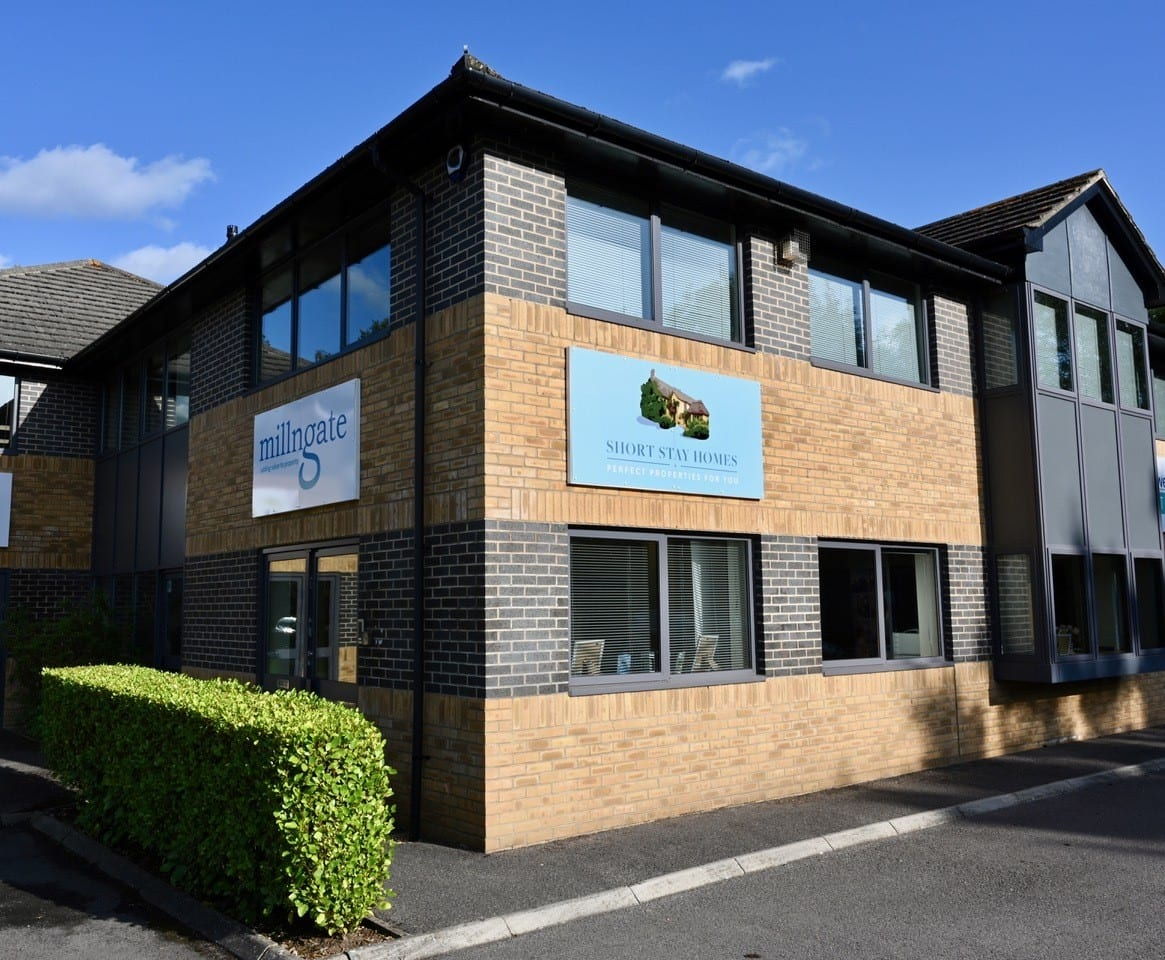 External shot of Short Stay Homes offices in Ringwood
